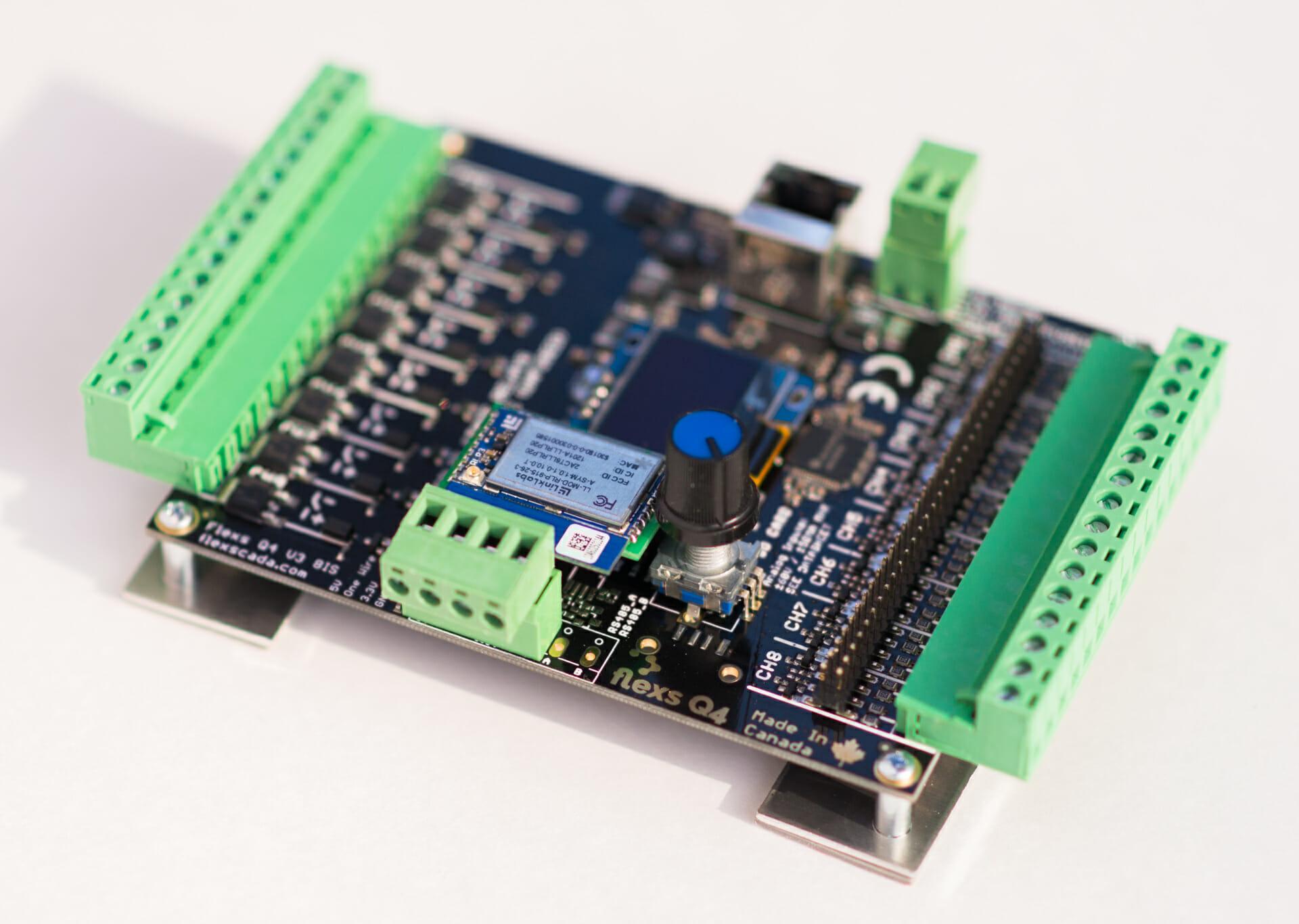 Flexs Q4 + Link Labs LORA radio module